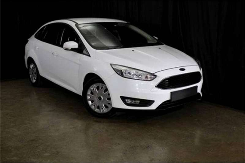 2016 Ford Focus sedan 1.0T Ambiente