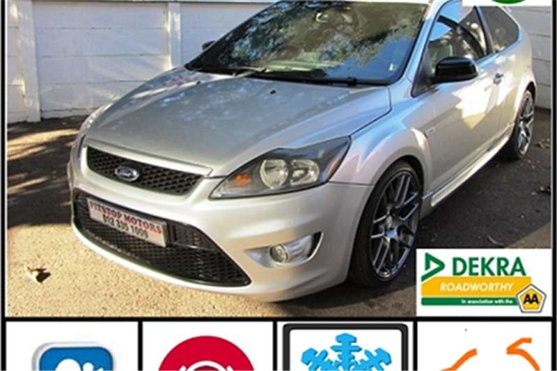 2011 Ford Focus ST 3 door (leather + sunroof + techno pack)
