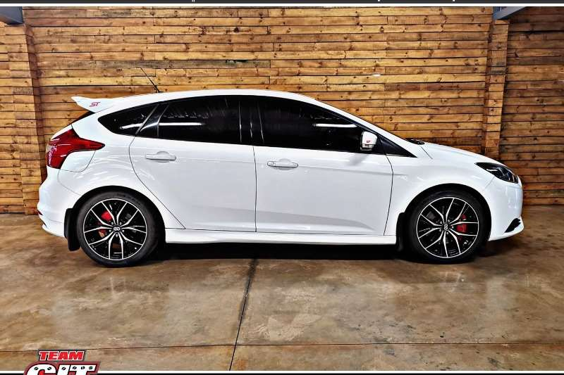 2015 Ford Focus ST 1