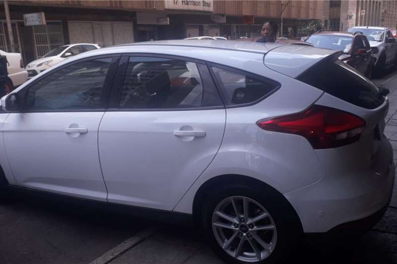 2015 Ford Focus hatch 1.0T Ambiente