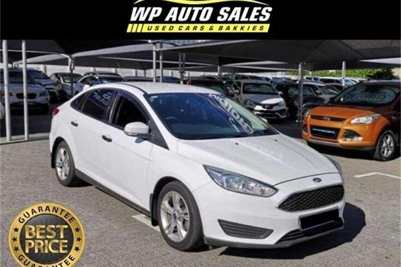 2016 Ford Focus sedan 1.0T Ambiente auto