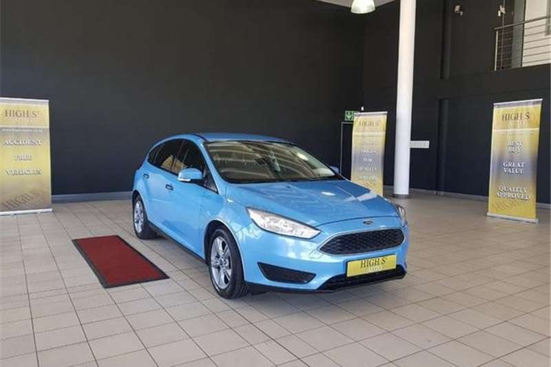 Ford Focus Sedan 1.0T Ambiente 2017