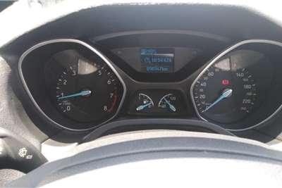 Ford Focus sedan 1.0T Ambiente auto 2016