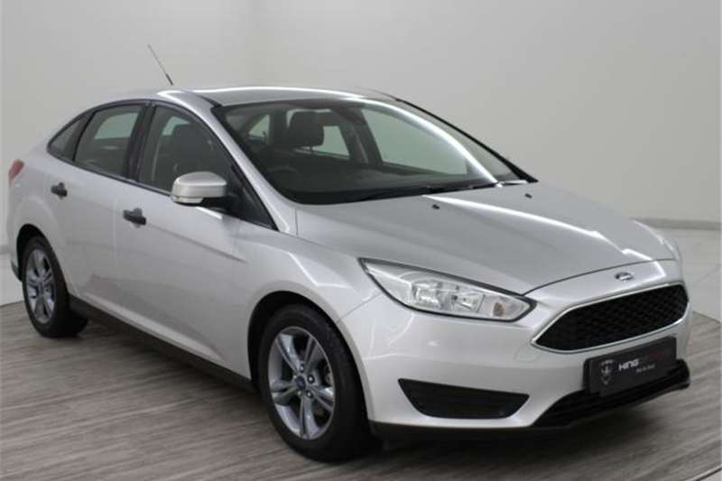 Ford Focus sedan 1.0T Ambiente auto 2017