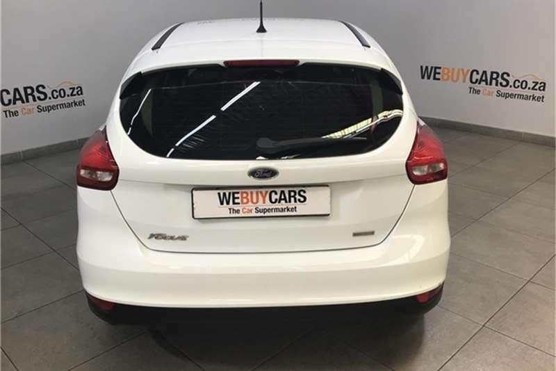 Ford Focus sedan 1.0T Ambiente auto 2017