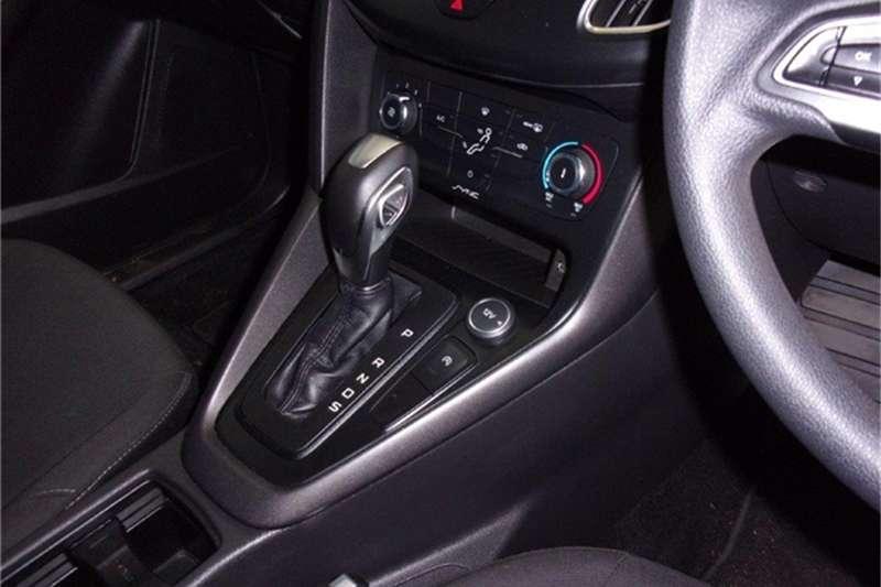 Ford Focus sedan 1.0T Ambiente auto 2018
