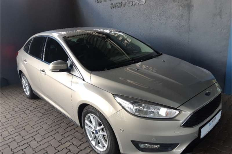 Ford Focus sedan 1.0T Trend auto 2016