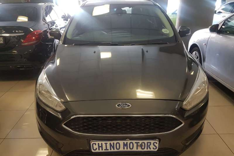 Ford Focus sedan 1.0T Trend auto 2018