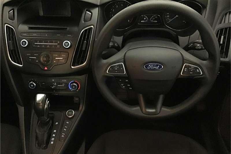 Ford Focus sedan 1.5T Trend auto 2015