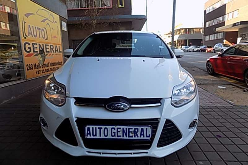 Ford Focus sedan 1.5TDCi Ambiente 2014