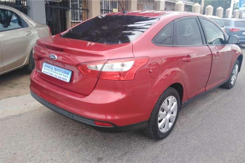 Used 2013 Ford Focus sedan 1.6 Ambiente
