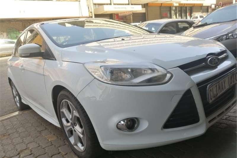 Ford Focus sedan 1.6 Trend 2013