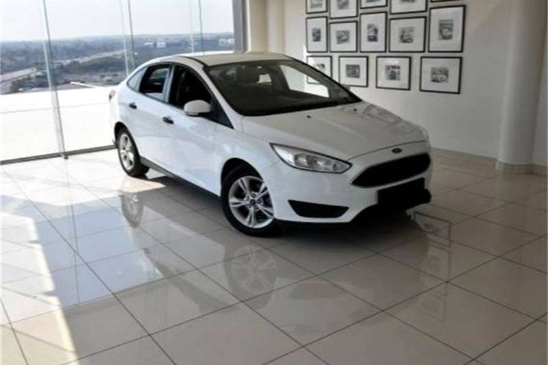 Ford Focus sedan 1.6TDCi Ambiente 2017