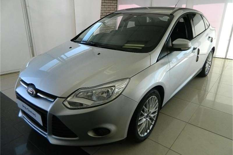 Ford Focus sedan 2.0 Trend auto 2013