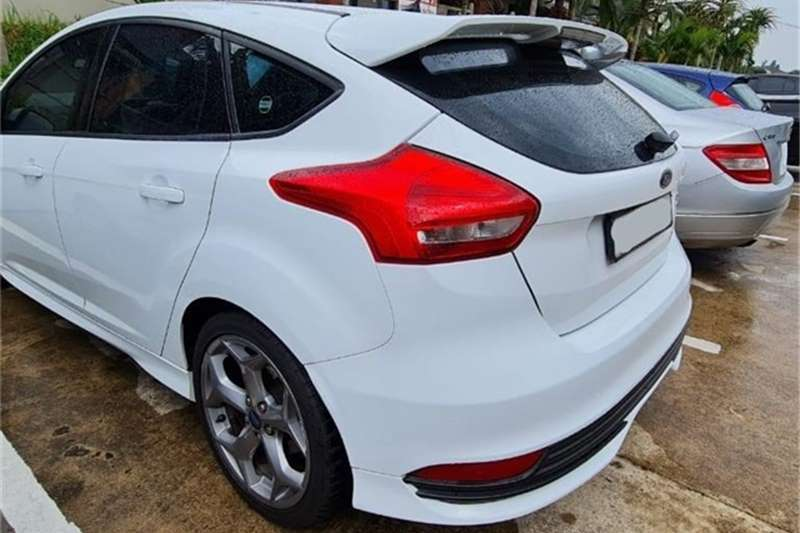 Used 2015 Ford Focus ST 1
