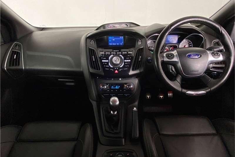 2015 Ford Focus Focus ST 3