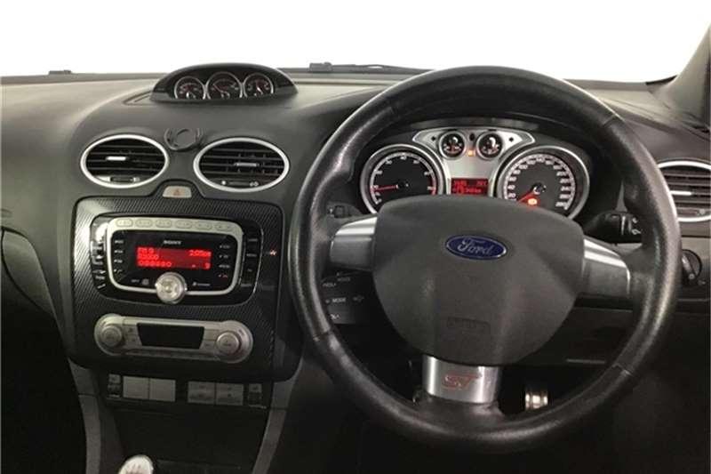 Ford Focus ST 5-door 2011
