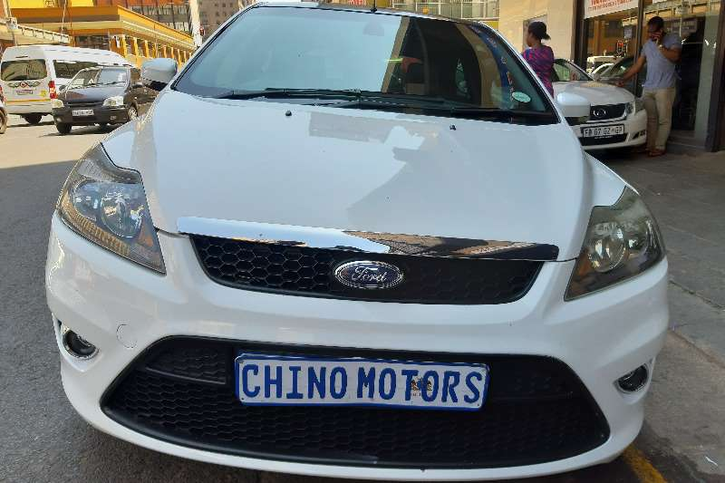 Ford Focus ST 5 door (sunroof + techno pack) 2009