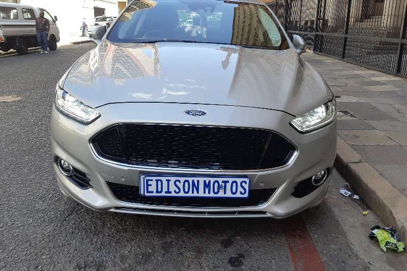 Ford Fusion 2.0 TITANUIM A/T 2015