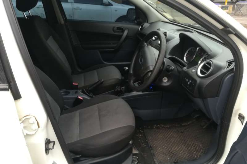 2012 Ford Ikon Ikon 1.6 Ambiente