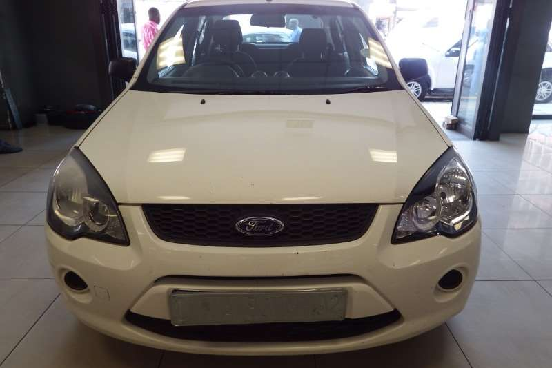 Ford Ikon 1.6 Ambiente 2014
