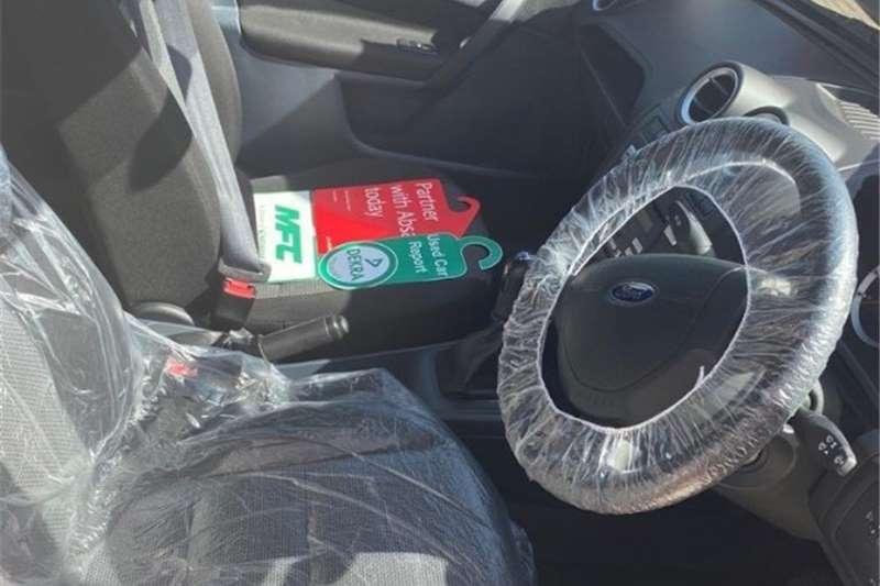 Ford Ikon 1.6 Ambiente 2014