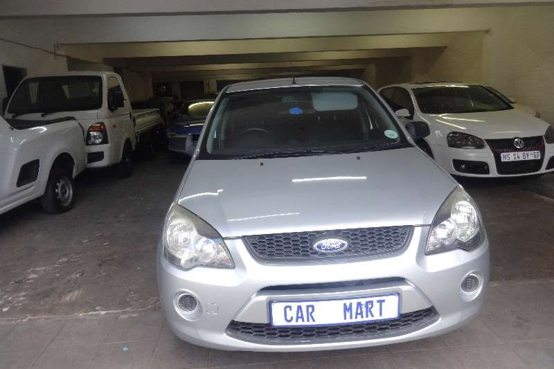 Ford Ikon 1.6 Trend 2010