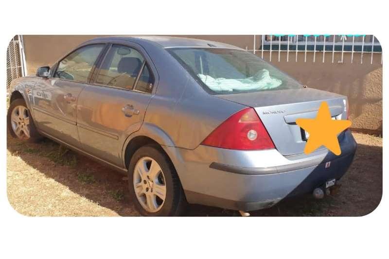 Ford Mondeo 2.0 Ghia 2002