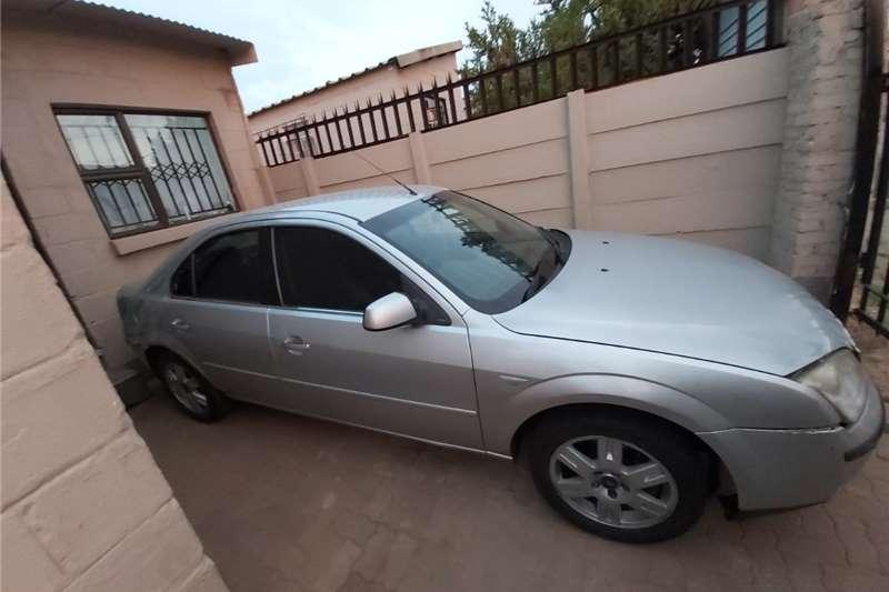 Ford Mondeo 2.0 Ghia 2004