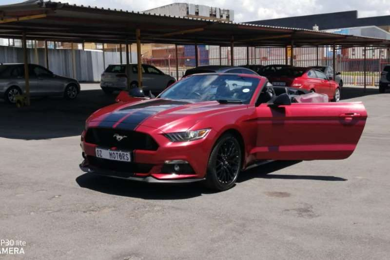 Ford Mustang 2.3T convertible auto 2016