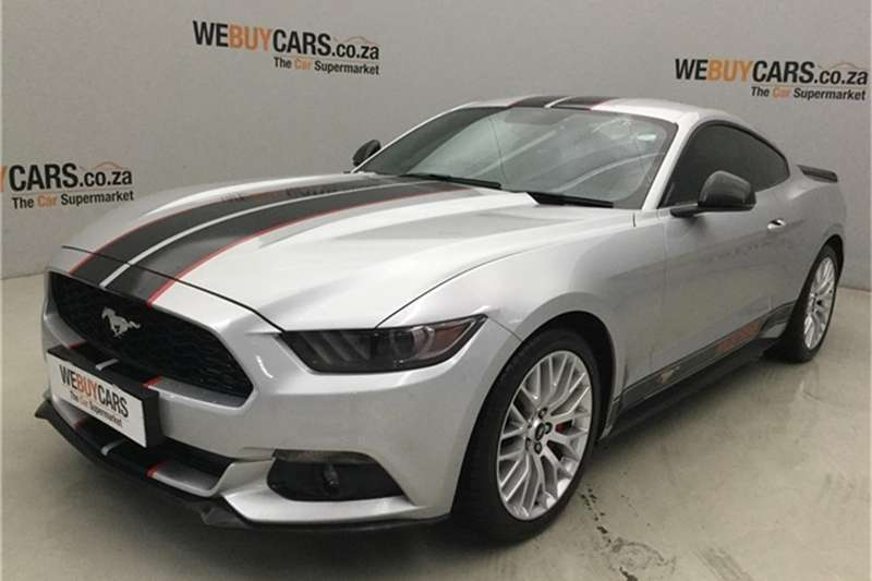 Ford Mustang 2.3T fastback 2016