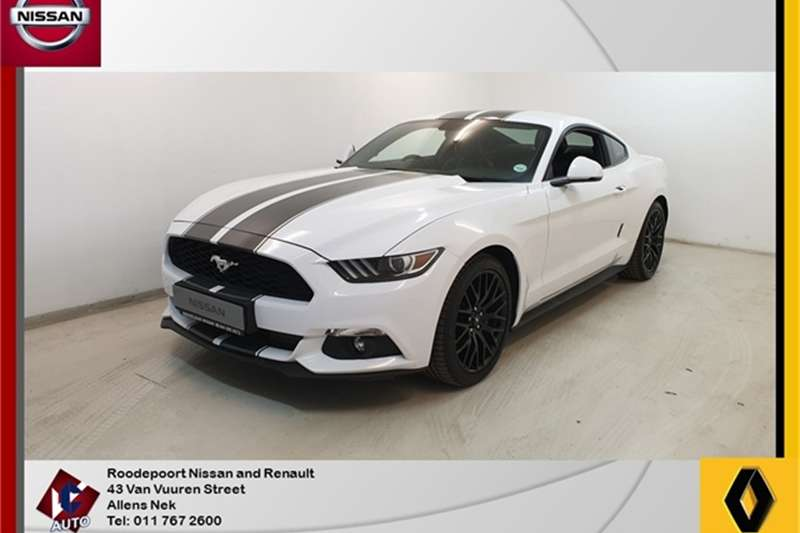 Ford Mustang 2.3T fastback auto 2016
