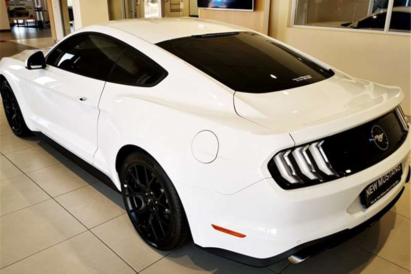 Ford Mustang 2.3T fastback auto 2020