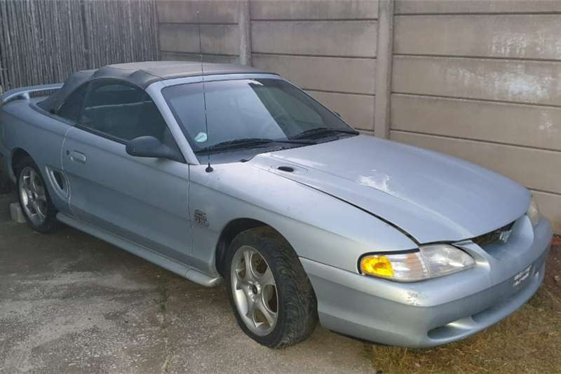 Ford Mustang 5.0 GT convertible auto 1994