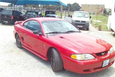 Ford Mustang 5.0 GT fastback 1995