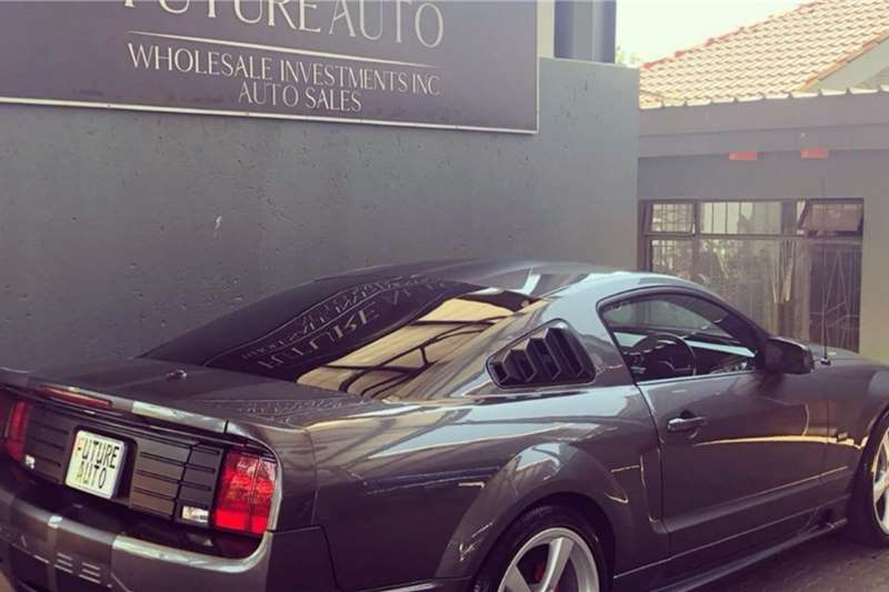 Ford Mustang 5.0 GT fastback 2012