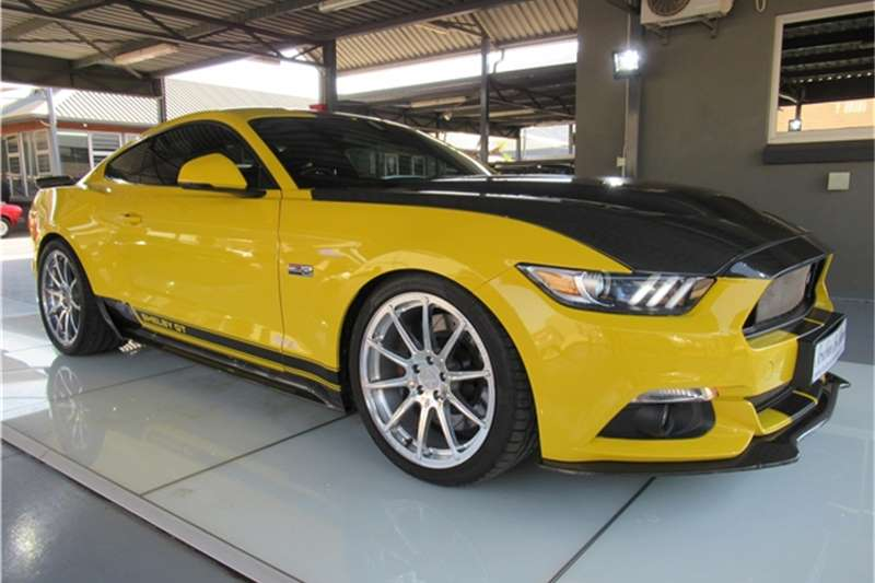 Ford Mustang 5.0 GT fastback auto 2016