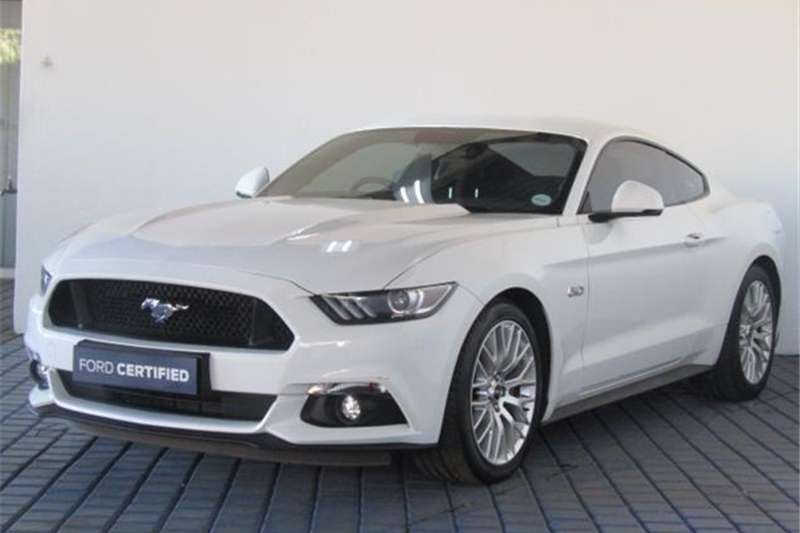 Ford Mustang 5.0 GT fastback auto 2017