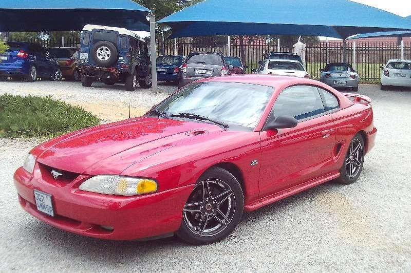 1995 Ford Mustang 5.0 GT fastback
