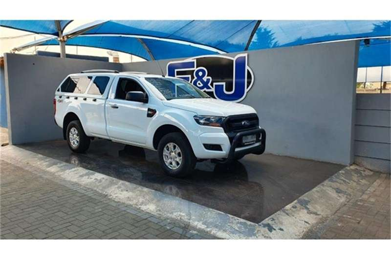 Ford Ranger 2.2 4x4 XL Plus 2015