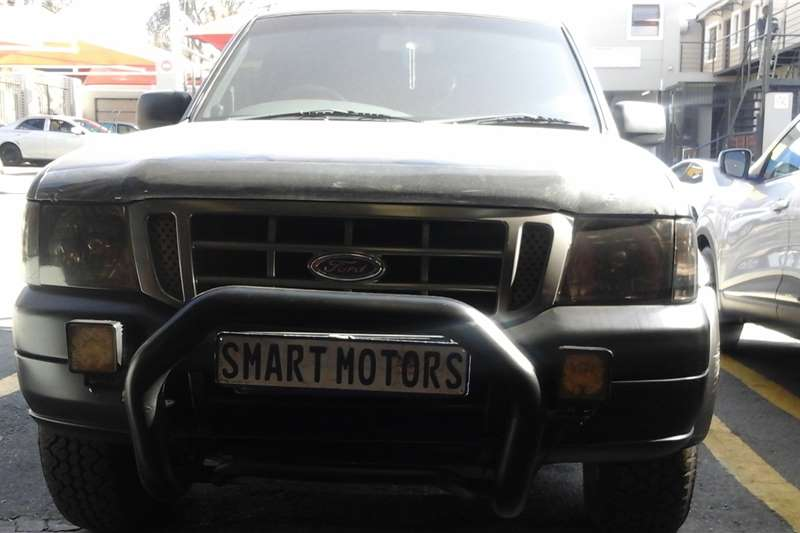 Ford Ranger 2.5Ddouble cab  XLT 2005