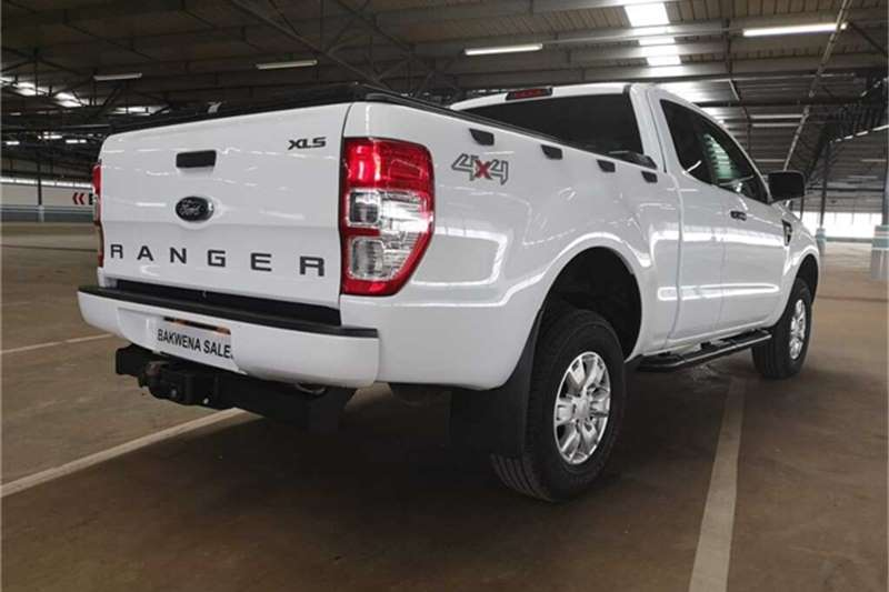 Ford Ranger 3.2 SuperCab 4x4 XLS 2015