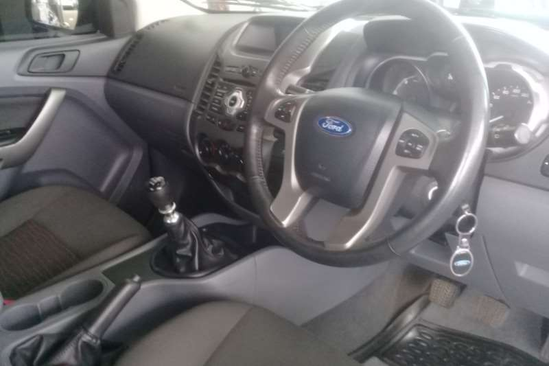 Ford Ranger 3.2 SuperCab Hi Rider XLS 2014