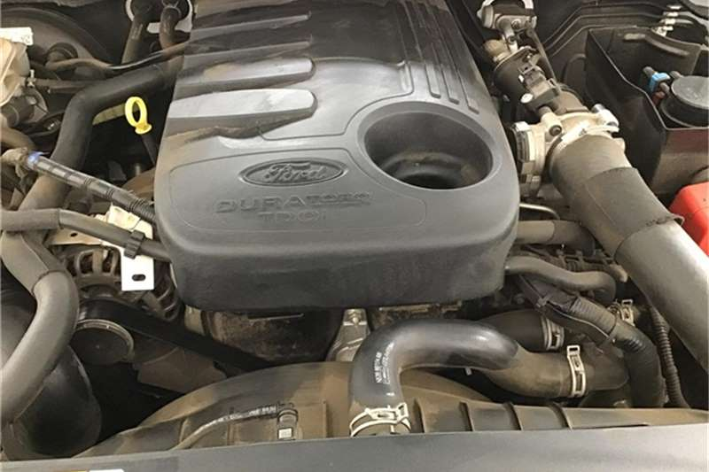 Ford Ranger 3.2 SuperCab Hi-Rider XLS 2015