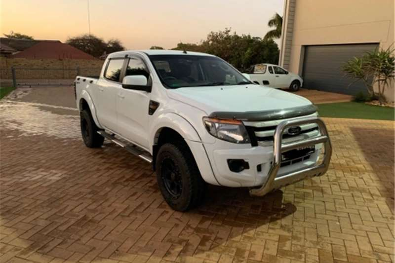 Ford Ranger Double Cab 2.2 high rider 2012