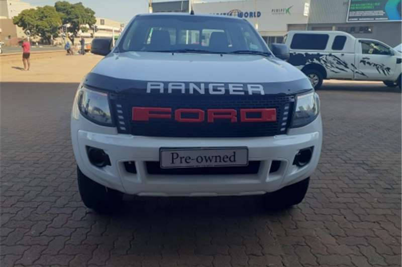 Ford Ranger Single Cab Ford Ranger 2015 model with canopy very clean. 2015