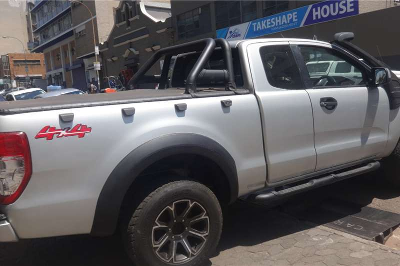Ford Ranger Supercab 3.2  AUTO 2014