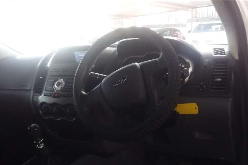 Ford Ranger Supercab RANGER 3.2TDCi XLS 4X4 P/U SUP/CAB 2013