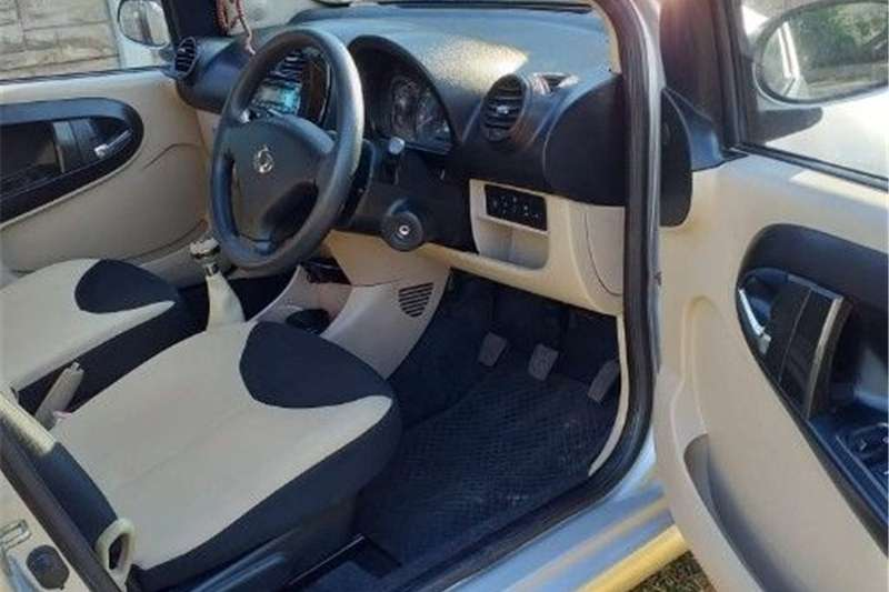 Geely LC 1.3 GL 2011