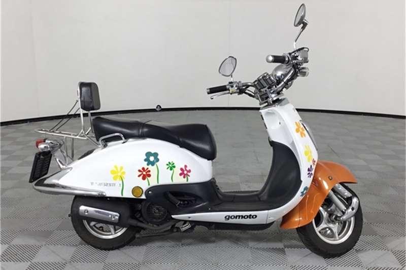 Used 2013 Gomoto